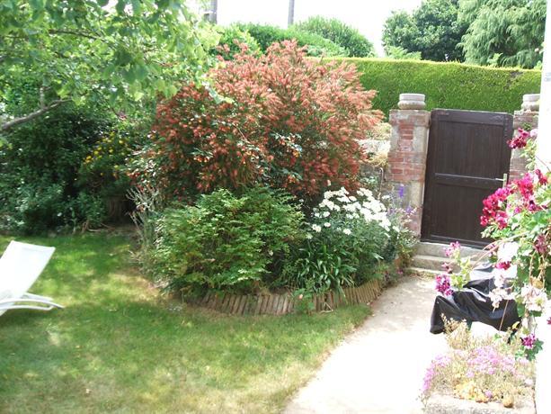 Maison avec jardin clos plouguiel offerte in corso for Jardin clos