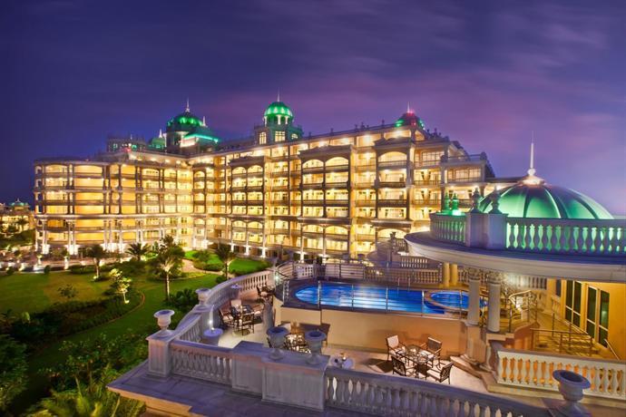 Kempinski hotel residences palm jumeirah dubai for Dubai palm hotel
