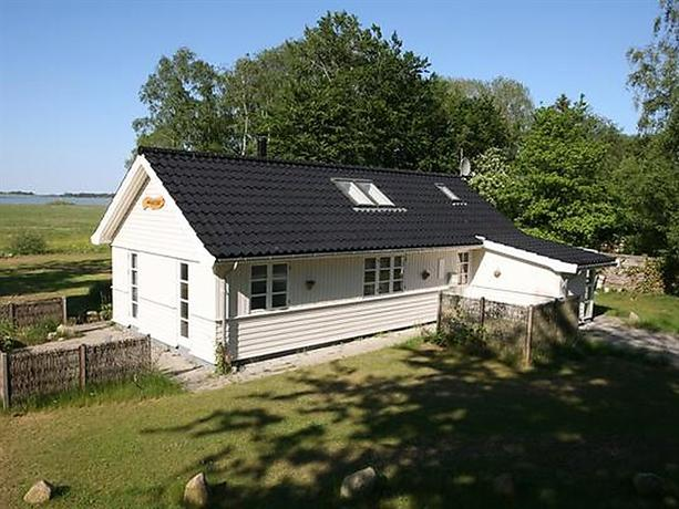 Two-Bedroom Holiday home in Holbaek 2