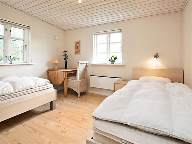 Three-Bedroom Holiday home in Grenaa 11