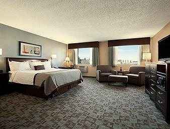 Saskatoon Hotel Rooms With Jacuzzi Suites