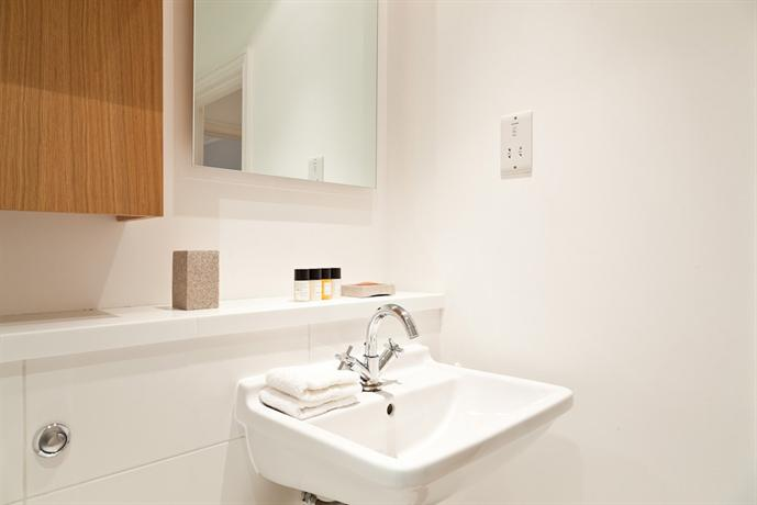 Blueprint living apartments doughty street london compare deals malvernweather Gallery