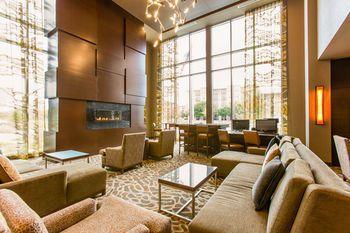 Cambria hotel & suites Plano - Frisco