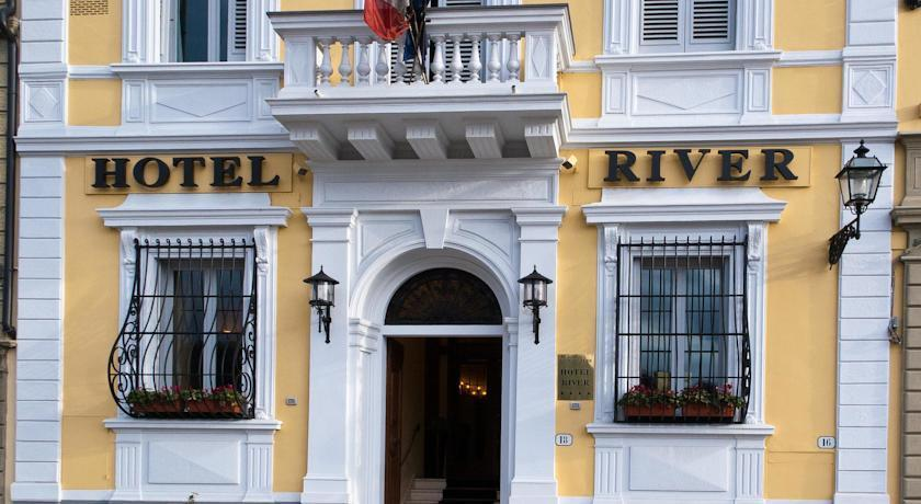 LHP Hotel River