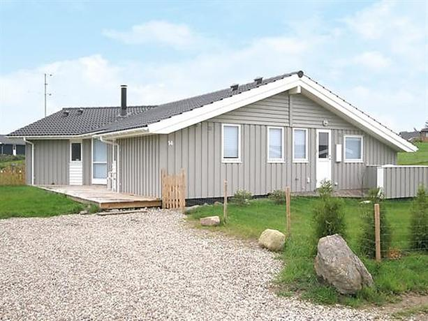 Four-Bedroom Holiday home in Rude