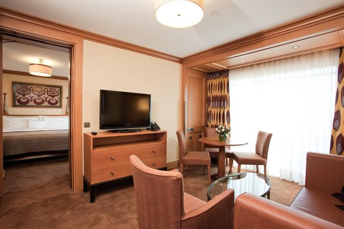 Divan hotel istanbul compare deals for Divan turkish