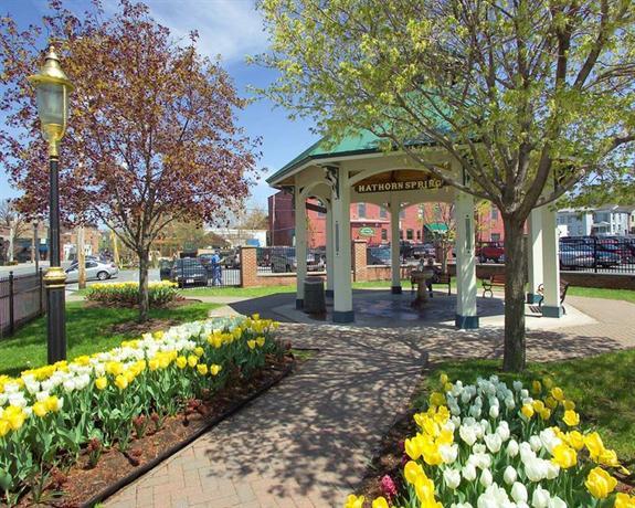 Hilton Garden Inn Saratoga Springs Compare Deals