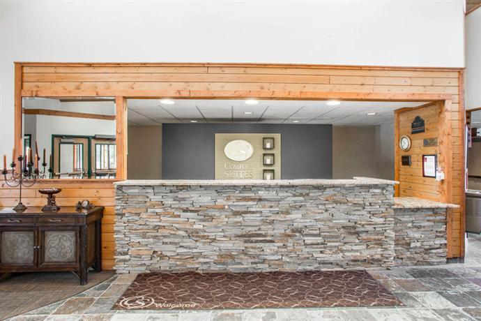 Comfort Suites Hayward Wisconsin Compare Deals