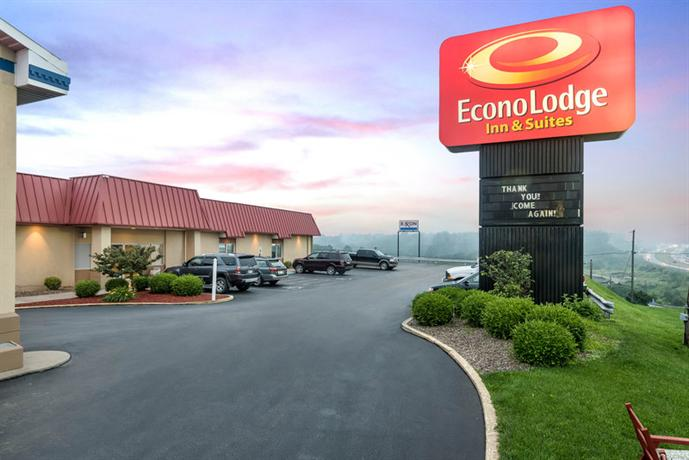 Econo Lodge Inn & Suites Wheeling East Triadelphia