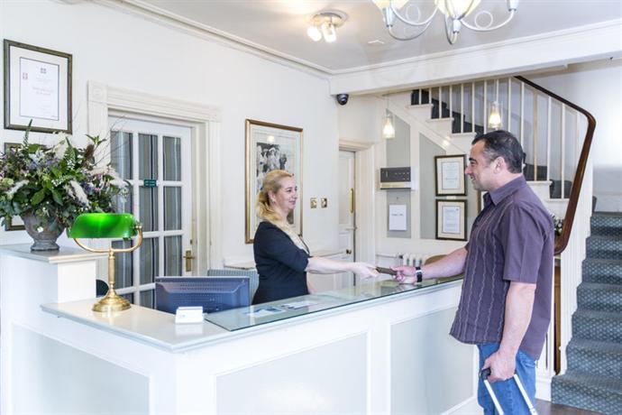 Flackley Ash Hotel Room Service