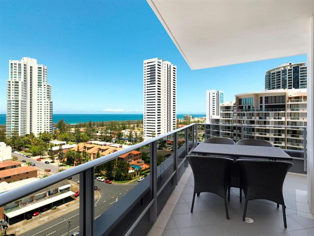 Meriton Suites Broadbeach, Gold Coast - Compare Deals