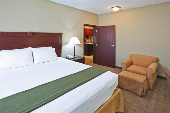 Holiday Inn Express Hotel Suites Watsonville Ca 2 United