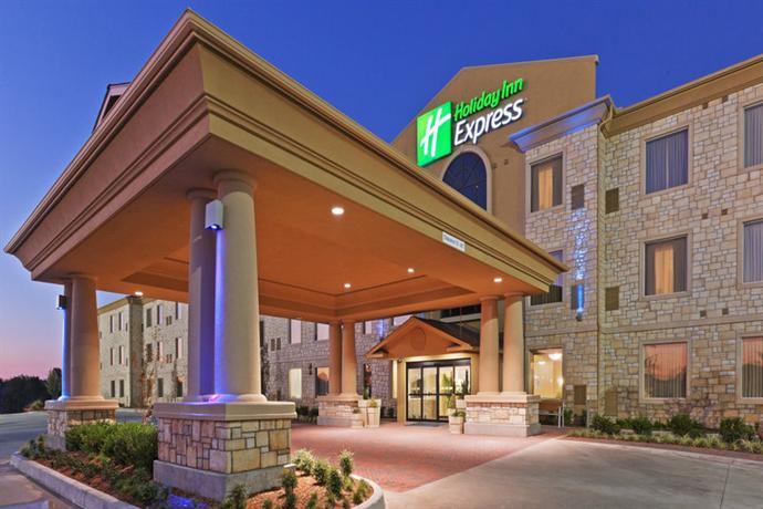 Holiday Inn Express Oklahoma City Northwest