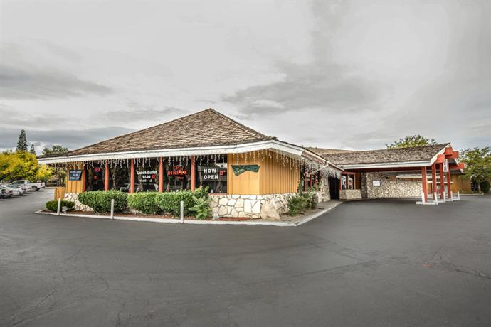 Econo Lodge Near Reno-Sparks Convention Center