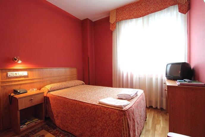 Fenix hotel oviedo hotels oviedo for Comparateur de prix hotel espagne