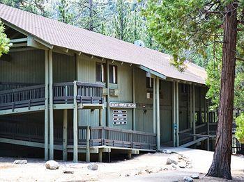 cedar grove lodge kings canyon national park compare deals. Black Bedroom Furniture Sets. Home Design Ideas