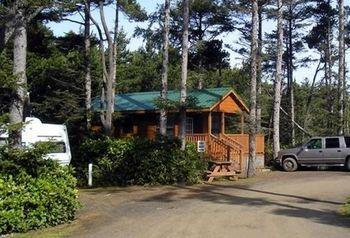 Whaler's Rest RV & Camping Resort