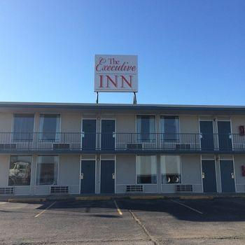 The Executive Inn Van Buren