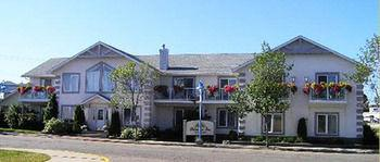 Lakeshore Inn Bed & Breakfast