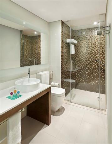 Afbeeldingsresultaat voor hyatt place dubai al rigga bathroom