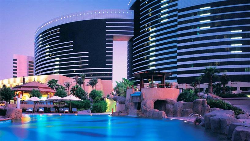 Grand hyatt dubai compare deals for Dubai luxury hotel deals