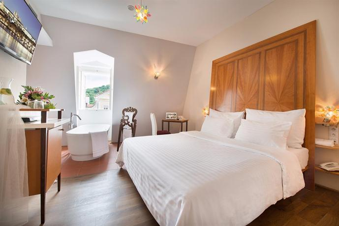 HOTEL NERUDA prague hotelscombined的圖片搜尋結果