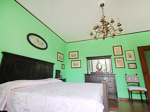 interhome le betulle. Black Bedroom Furniture Sets. Home Design Ideas