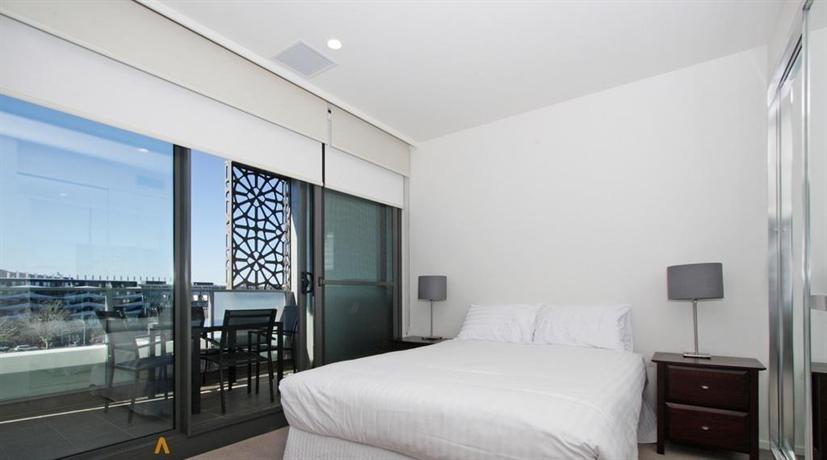 Accommodate Canberra - IQ Smart Apartments Braddon