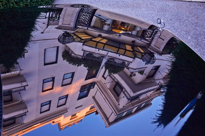 Hotel lord byron small luxury hotels of the world rome for Small inns of the world