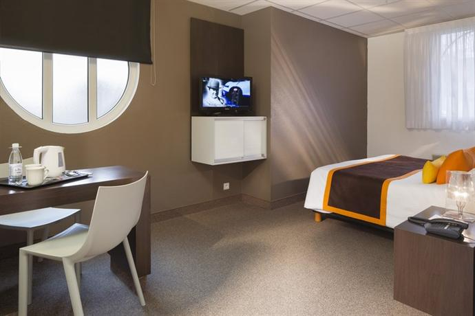 hotel le bugatti molsheim compare deals. Black Bedroom Furniture Sets. Home Design Ideas