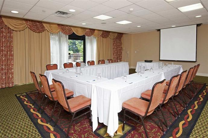 Hilton Garden Inn Detroit Southfield Compare Deals