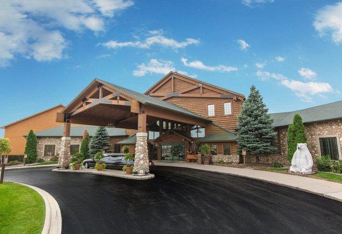 Tundra Lodge Resort & Waterpark