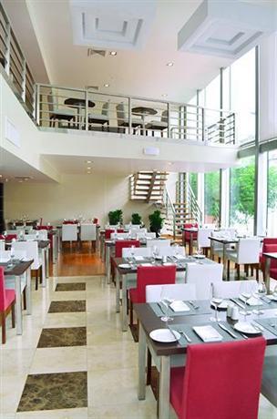 About Sol De Oro Hotel Suites