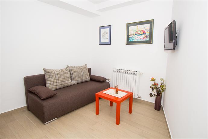 Modern Aurora One Bedroom Apartment 2 Parking Sibenik Compare Deals