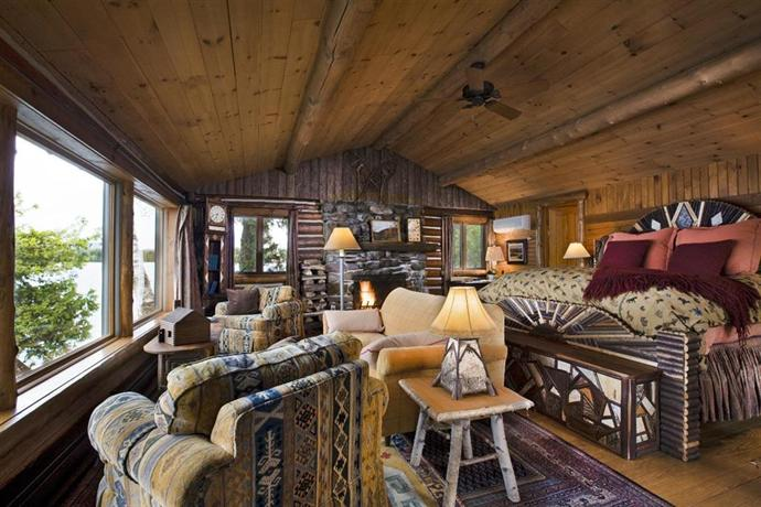 Lake placid lodge new york compare deals for Cabin hotel new york