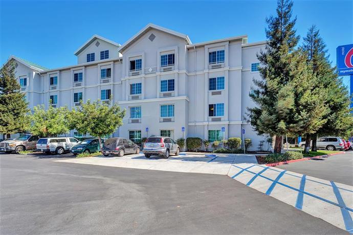 motel 6 san francisco belmont compare deals. Black Bedroom Furniture Sets. Home Design Ideas