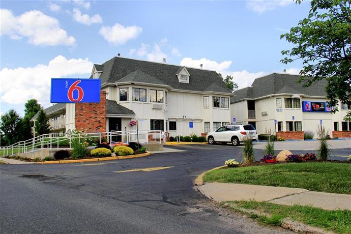 Motel 6 Enfield / Hartford