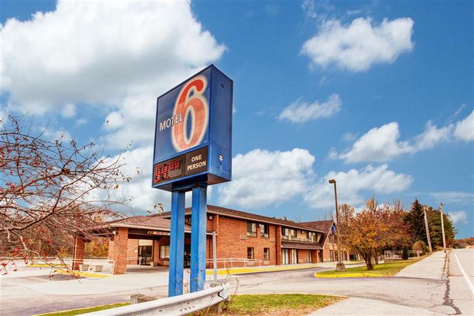 Motel 6 Lewiston Maine