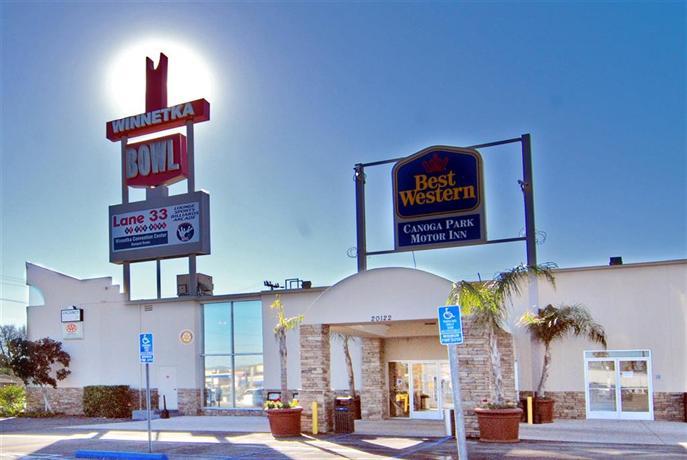 Canoga Hotel Reviews
