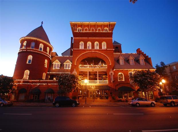 BEST WESTERN Plus Windsor Hotel