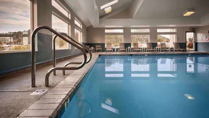 About Best Western Plus Salbasgeon Inn Suites Of Reedsport