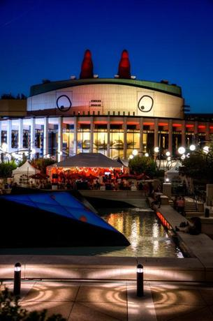 Hotels Close To Bell Centre Montreal