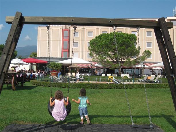 Chavannes-de-Bogis Switzerland  city photos gallery : BEST WESTERN Chavannes De Bogis, Chavannes de Bogis Compare Deals