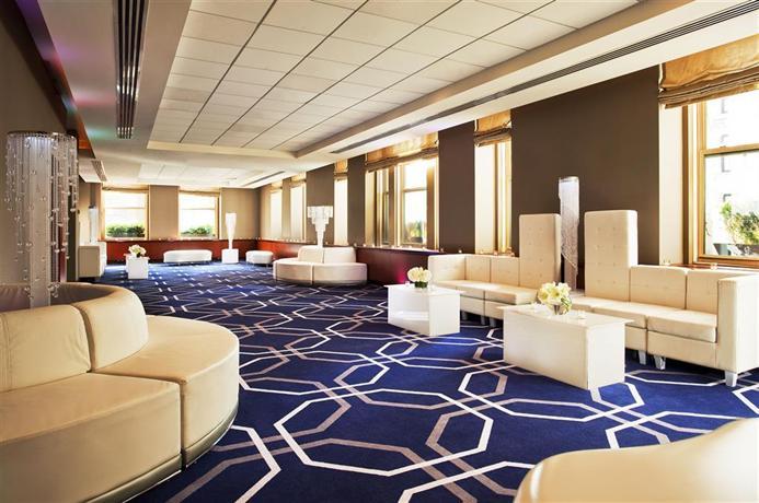 w new york union square new york city compare deals. Black Bedroom Furniture Sets. Home Design Ideas