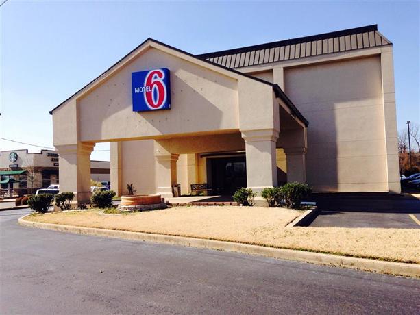 Motel 6 Jacksonville AR