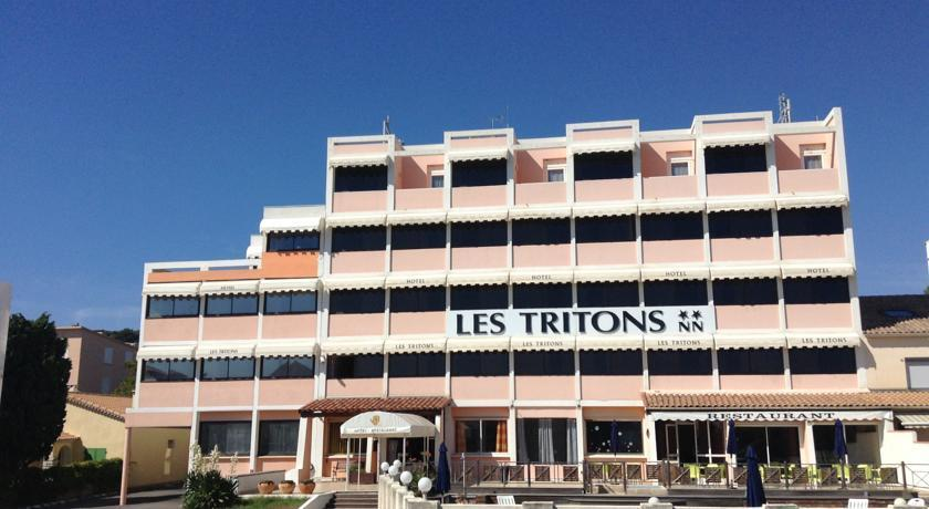 Hotel les tritons compare hotels in sete for Comparer les hotels