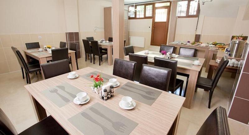 Birlik apart hotel istanbul compare deals for Appart hotel istanbul