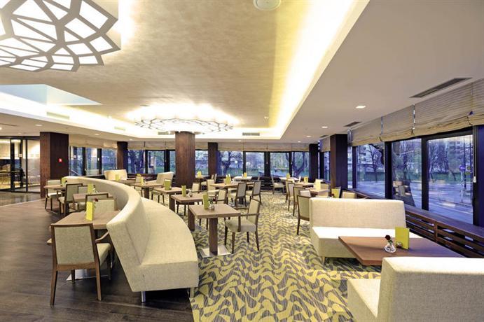 Hotel Bristol Sarajevo Parking