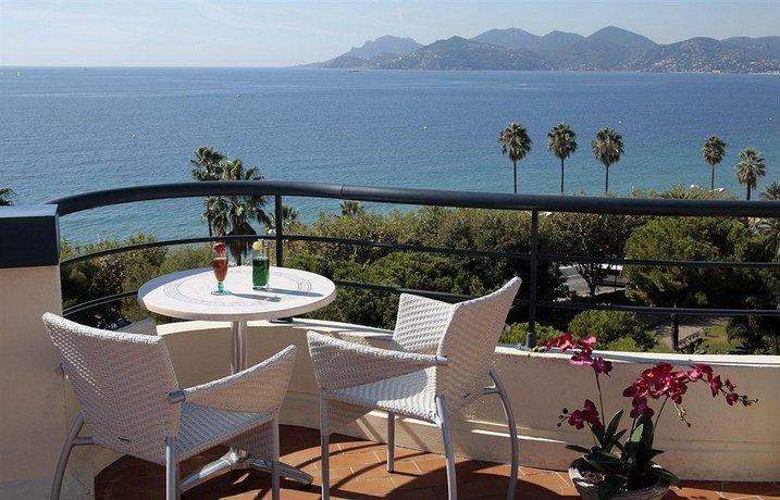 Hotel Belle Plage Brougham Cannes France