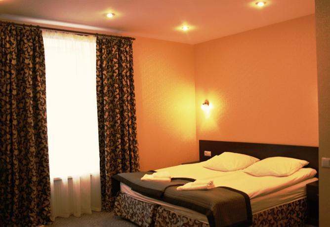 Matrix Mini-Hotel